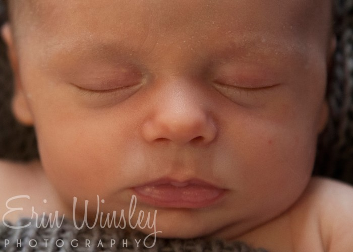Close-up-photography-of-sydney-newborn-baby
